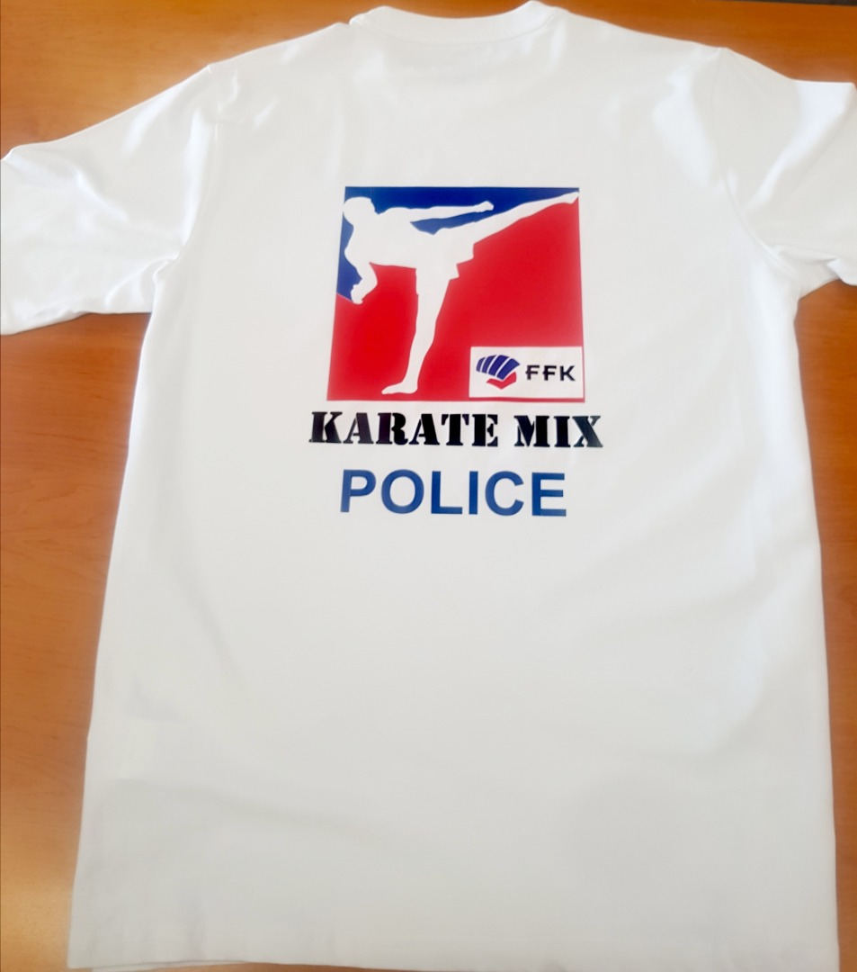 Tee shirt karate police